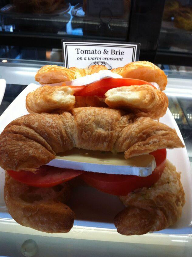 tomato & brie